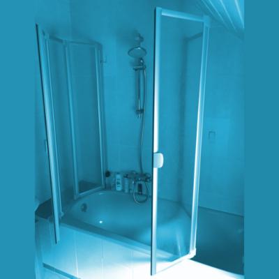 Duschkabine Badewanne offen