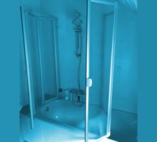 Badewannenfaltwand mit dem Komfort einer Duschkabine