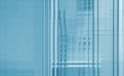 Duschabtrennung Glas oder Kunststoff – was zu beachten ist